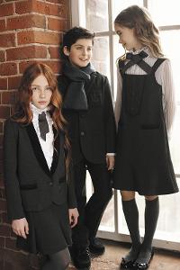 054a17d9f71 Современная и старая школьная форма для девочек