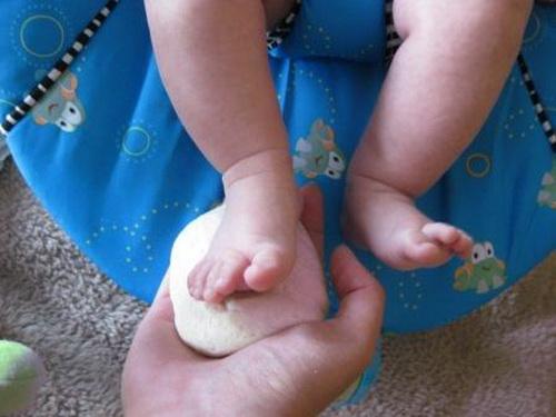 Слепок ножки малыша своими руками фото