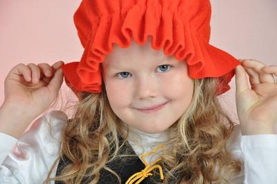 Костюм красной шапочки для девочки своими руками фото